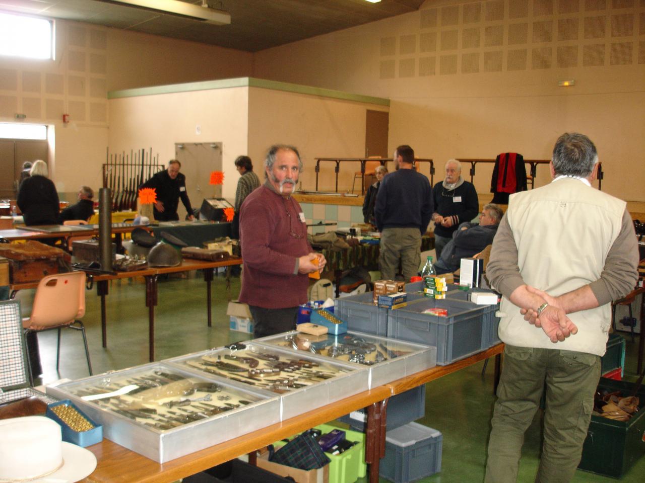 BOURSE AUX ARMES MARS 2011 (5)